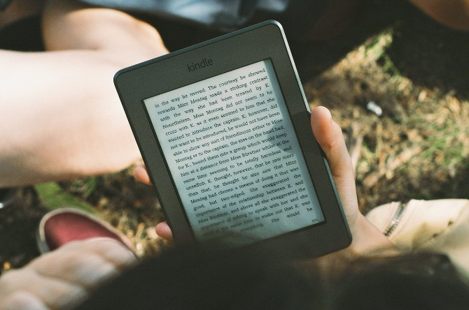 The Best Tech Gifts for the Geeks in Your Life gifts kindle